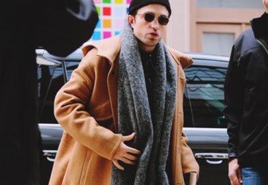 Robert Pattinson 穿着 LANVIN 2019秋冬服裝