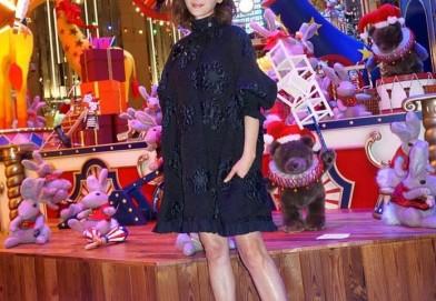 周汶錡穿着FENDI 2016初秋系列服装
