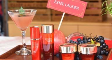 "ESTEE LAUDER ""The Power of Red"" Pop-up Café    支持善舉   發放紅色正能量"